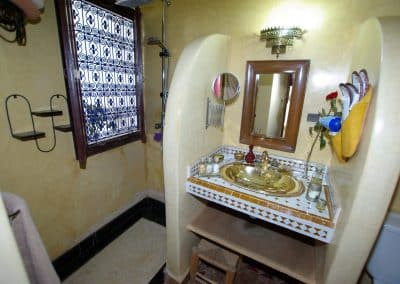 bathroom ouarzazate